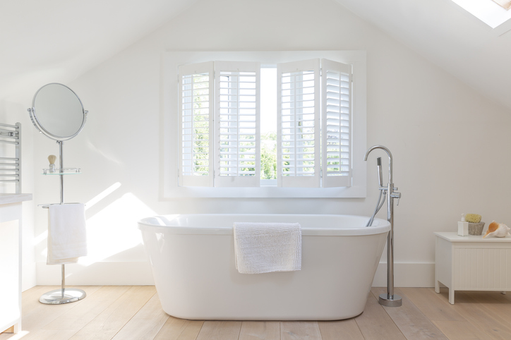 Could A Freestanding Tub Benefit Your Bathroom? 1