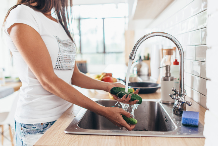 Single Vs. Double Sink: Which is Better For Your Kitchen? 2